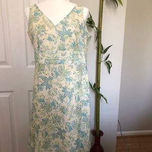 Perfect cotton dress for spring and summer.
